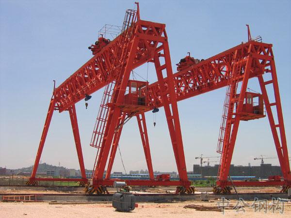 式起重机-贝雷桁架门式起重机----中山市公路钢结构